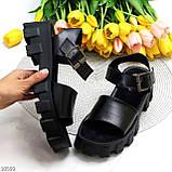 Модельные черные женские босоножки натуральная кожа на утолщенной подошве, фото 9