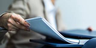 Повне керівництво по розмірам офісного паперу