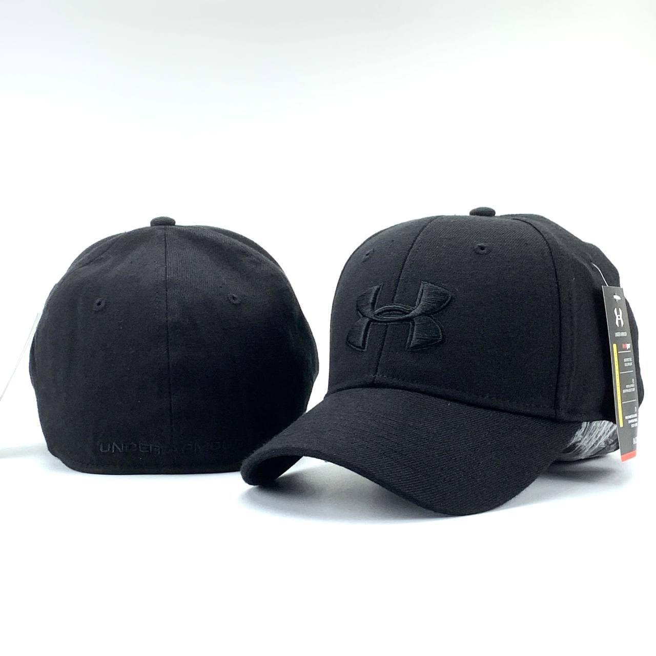 Бейсболка унисекс черного цвета. Классическая женская / мужская кепка черная.