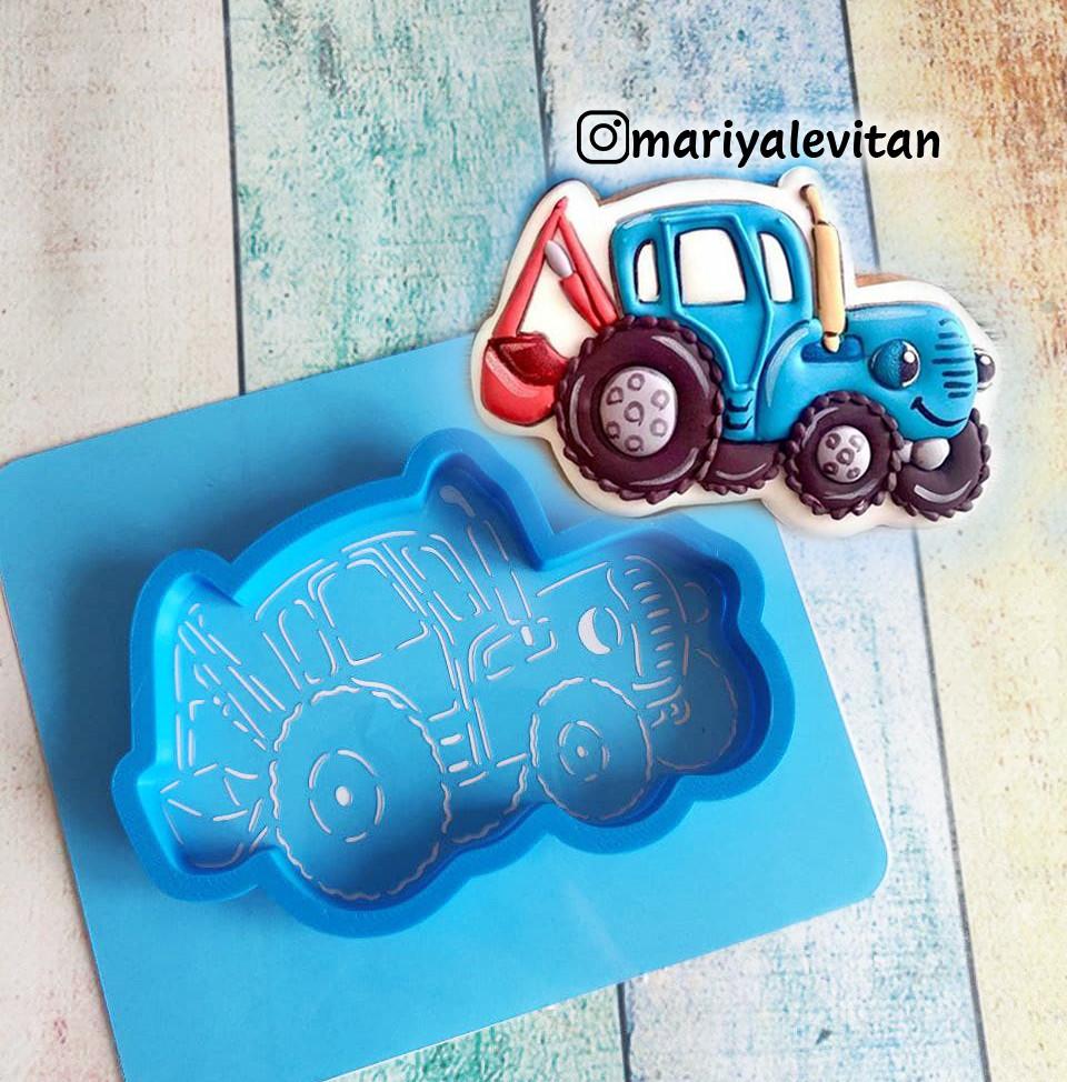 Трафарет + форма Синий трактор с ковшом