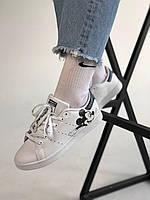 Кроссы белые Adidas Stan Smith White Black Mickey Mouse. Женские кроссовки Адидас Стан Смит.