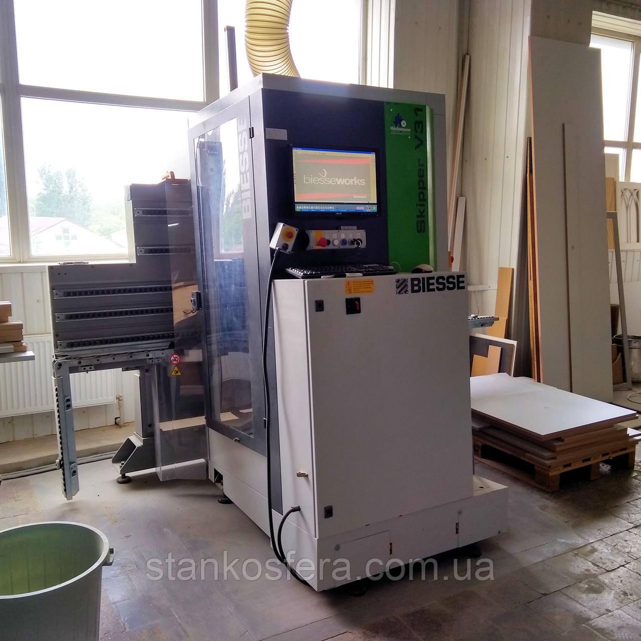 Обрабатывающий центр Biesse Skipper V31 бу 2012 года для сверления, фрезерования и выборки пазов с ЧПУ