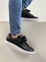 Мужские кроссовки на лето черно-белые A. McQueen black / white. Кроссы парню Александр Маккуин.