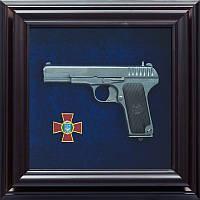 Подарок сувенирный Пистолет ТТ и эмблема Национальной гвардии Украины, фото 1