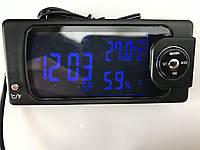 Часы, термометр (внутри и снаружи) влажность, дата и многое другое. Цвет подсветки синий и красный.