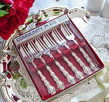 Шесть посеребренных десертных вилочек, ONEIDA SILVERSMITHS, серебрение, Modern Baroque, Англия
