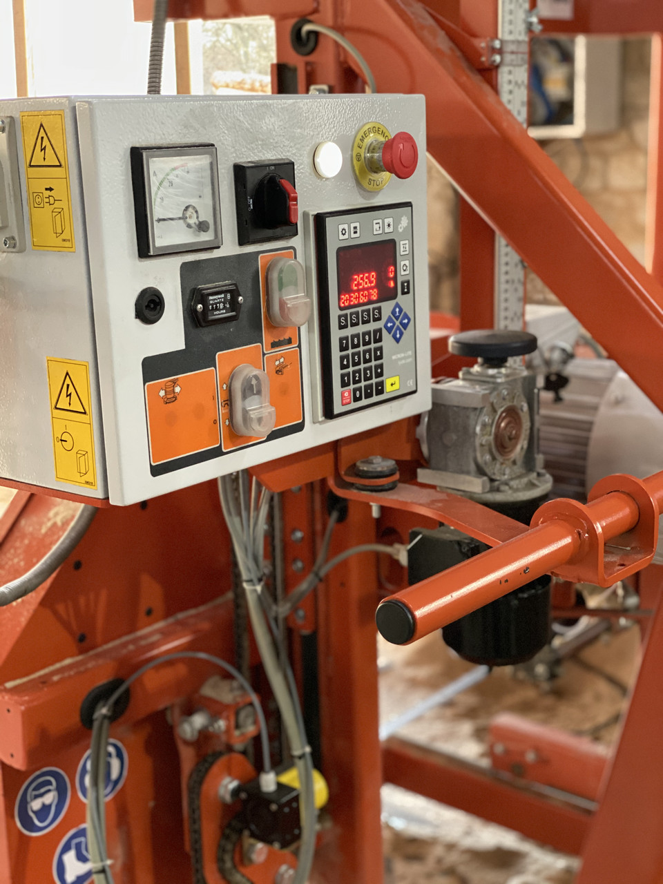 Електронна лінійка на пилораму LT-15POWER / LT-15 виробництва Woodmizer