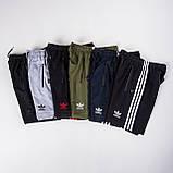 Чоловічі трикотажні щорти Adidas, сірого кольору з чорними полосками, фото 4