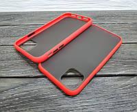 Противоударный матовый чехол для iPhone 11 красный бампер