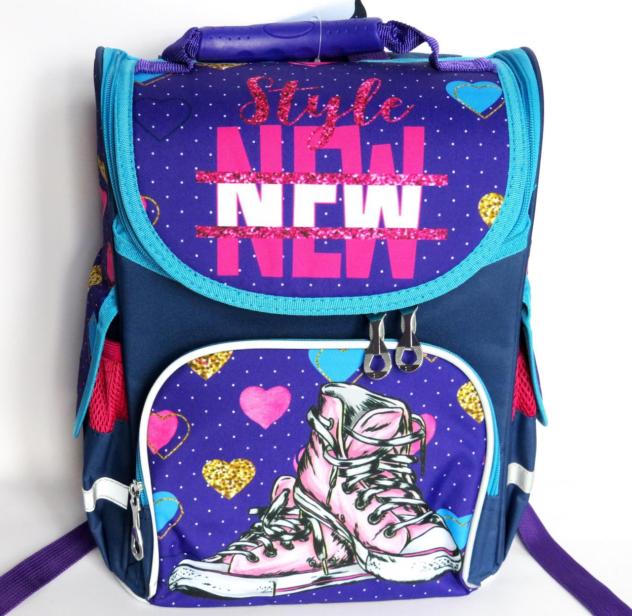 Каркасный рюкзак-короб с ортопедической спинкой для девочки, кеды