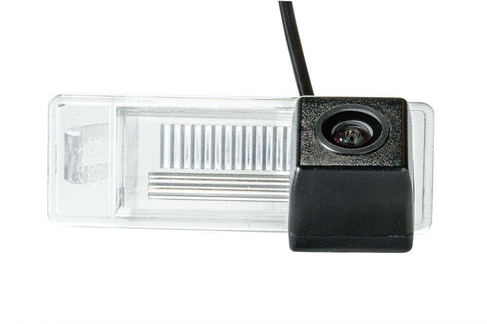 СКИДКА 50грн! Штатная камера заднего вида Fighter CS-CCD+FM-24 (Nissan)