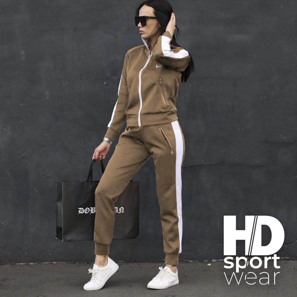 Жіночі спортивний костюм Nike