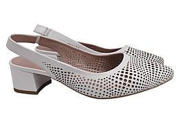Туфли женские летние на каблуке из натуральной кожи, белые Guero Турция