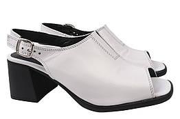 Босоножки женские на каблуке из натуральной кожи, белые Mario Muzi Турция