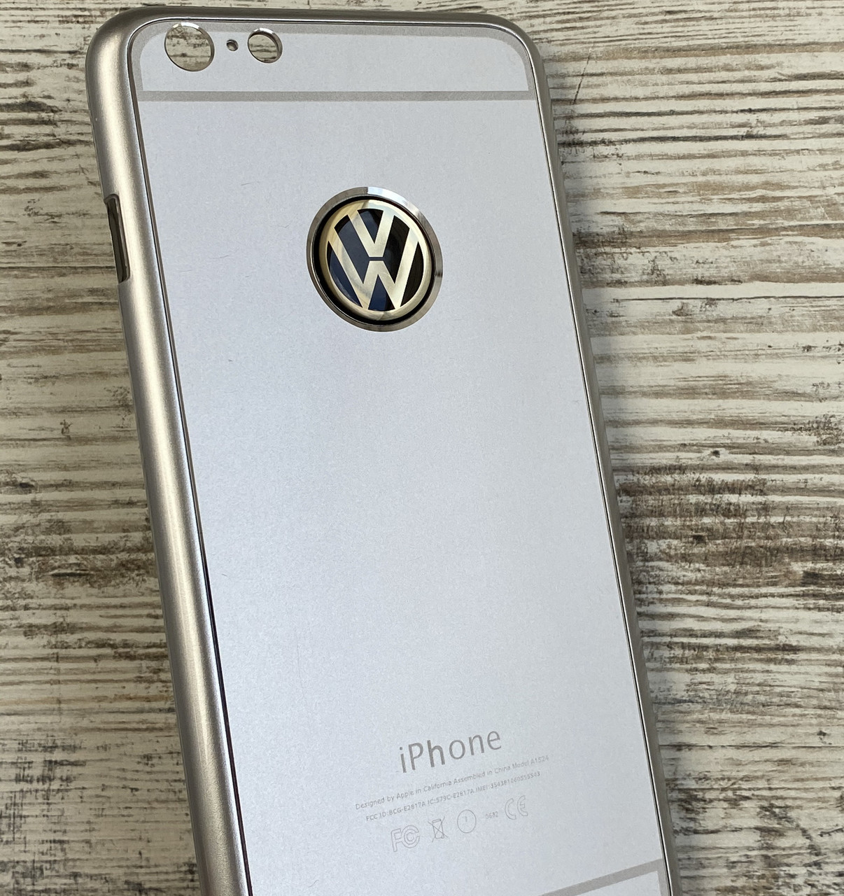 Чехол для iPhone 6 Plus Volkswagen металлический