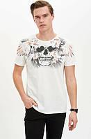 Белая мужская футболка Defacto / Дефакто с принтом-череп