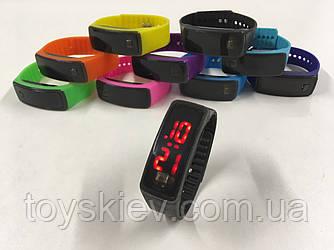 Наручные силиконовые часы LCD ART-5501 (1000 шт/ящ)