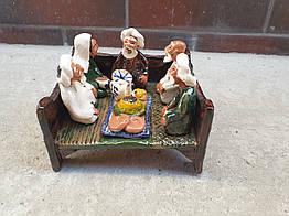 """Узбецька статуетка, сувенір """"Бабайчик з друзями на тапчані"""""""