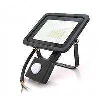 Прожектор LED c датчиком руху SLIM SENSOR LED RITAR RT-FLOOD/MS30A, 30W, IP65, 3000Lm, 6500K
