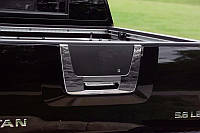 Nissan Titan Хром накладка на багажник (пласт)