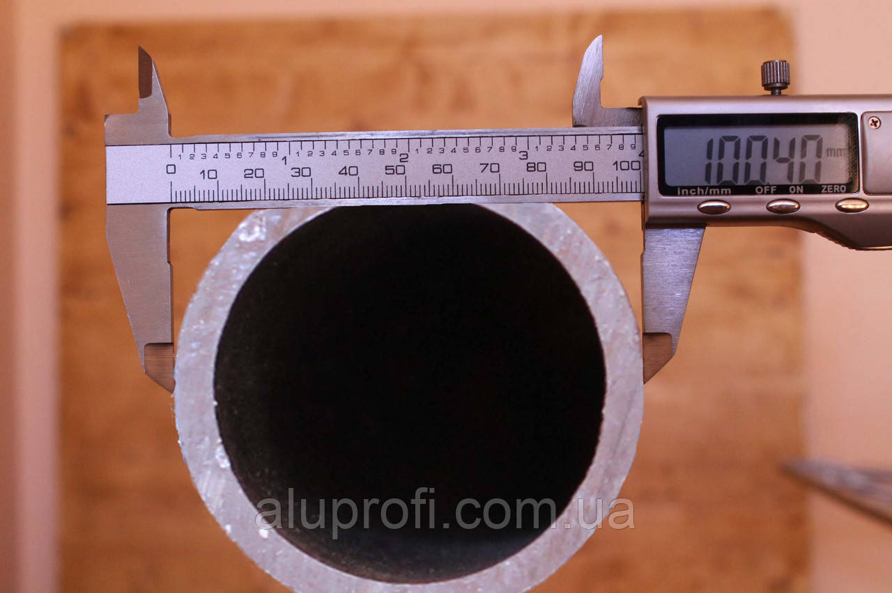 Труба  алюминиевая ф100 мм (100х5мм) АД31,6060