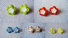 Ґудзик пластиковий, декоративний. Квітка, 14 мм