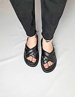 Женские шлёпки из натуральной кожи на танкетке. Цвет чёрный. Размеры 36-40, фото 1