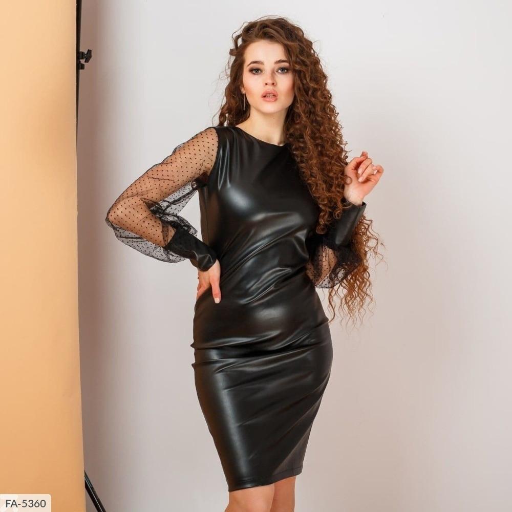 Черное кожаное платье с рукавами сеткой (Батал)
