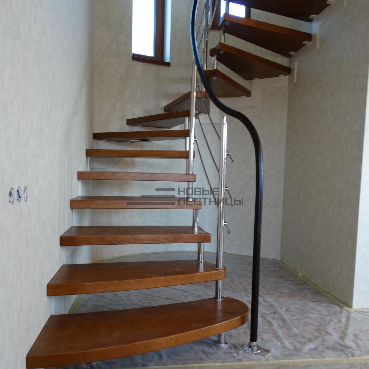 Лестницы на больцах - затока