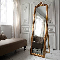 Підлогове дзеркало