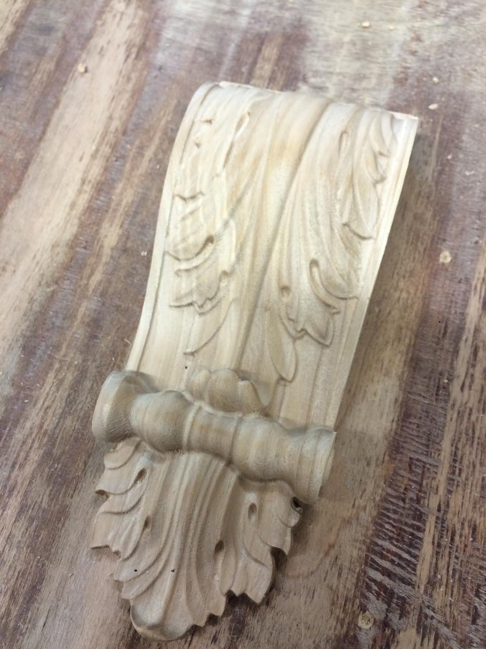 Капітель різьблена з дерева (кронштейн)