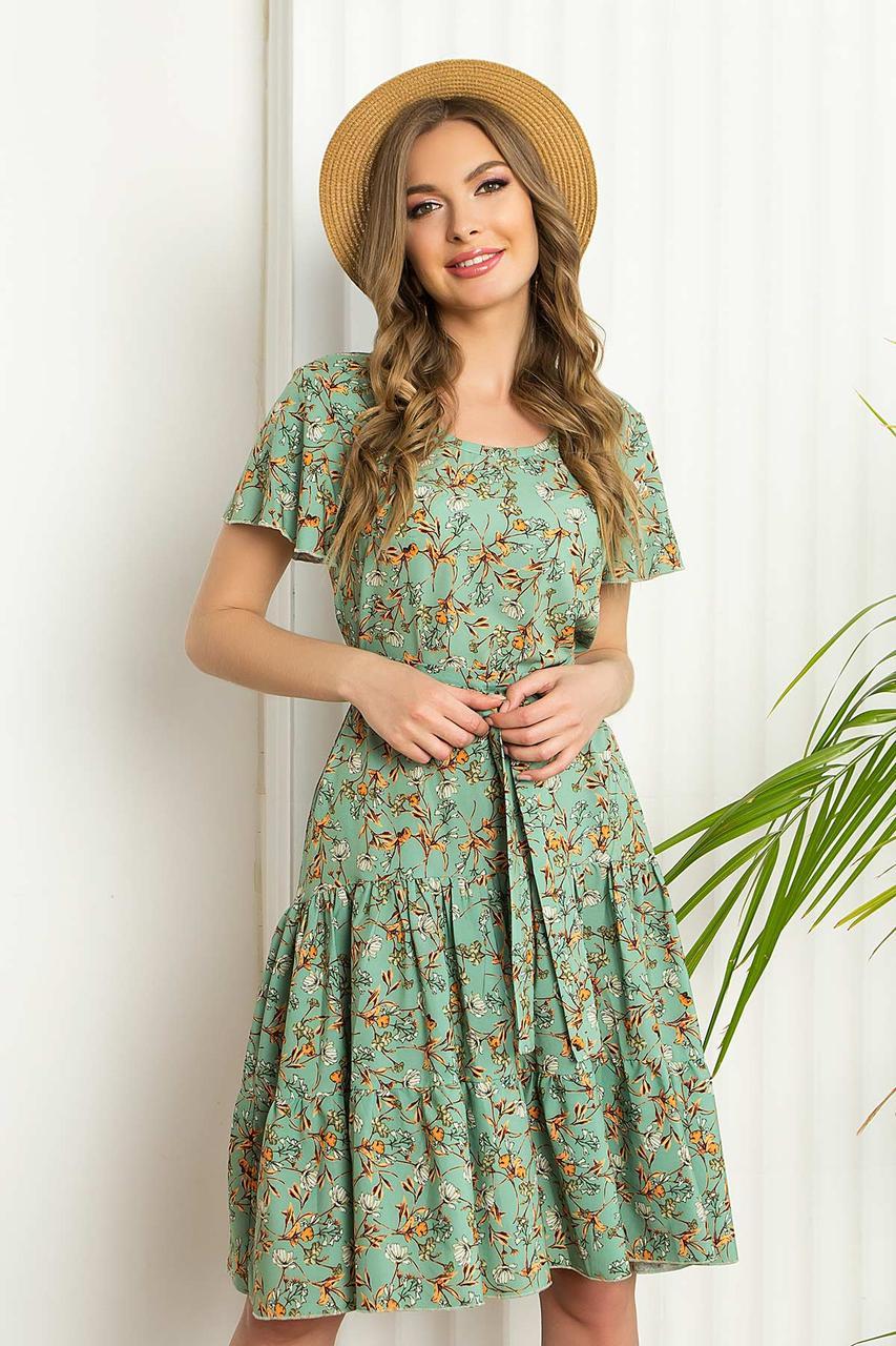 """Летнее платье из софта свободного силуэта с рукавом """"волан"""", в цветочный принт. Салатового цвета"""
