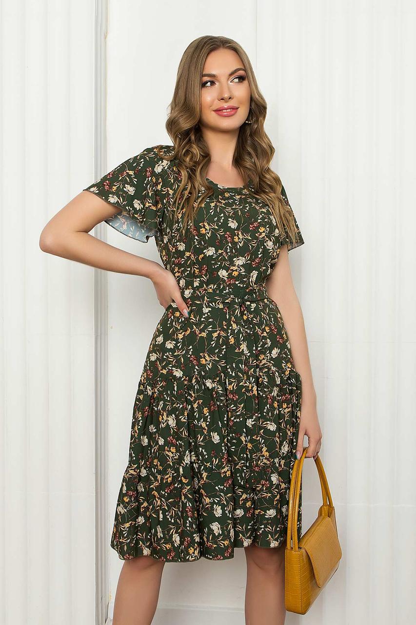 """Літнє плаття з софта вільного силуету з рукавом """"волан"""", в квітковий принт. Кольору хакі"""