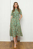 Легкое летнее платье из софта, приталенное, с коротким рукавом, длиной миди в цветочный принт. Салатовый цвет, фото 1