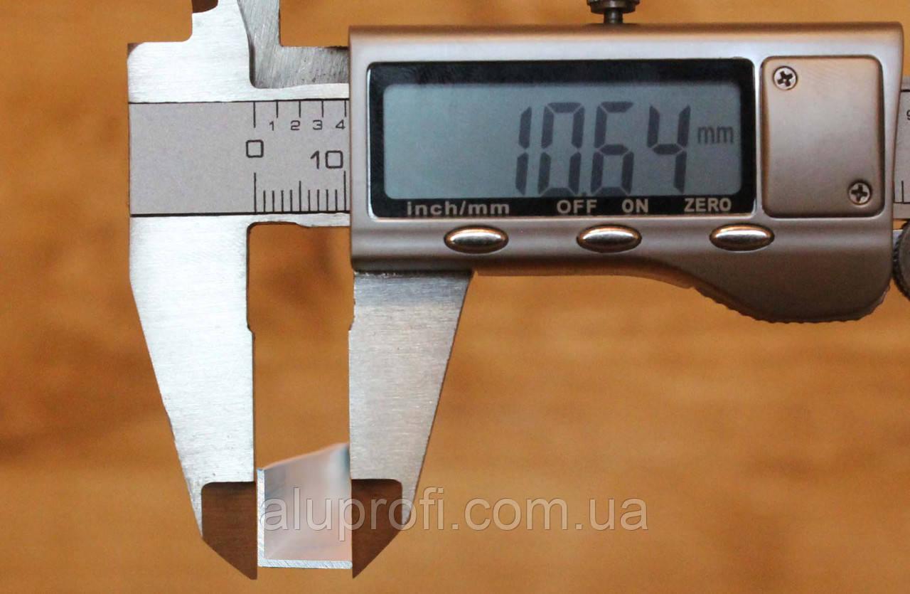 Уголок алюминиевый 10х10х2 мм АД31Т