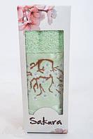 Полотенце махровое подарочное 50х90см Сакура с вышевкой Светло-зеленое