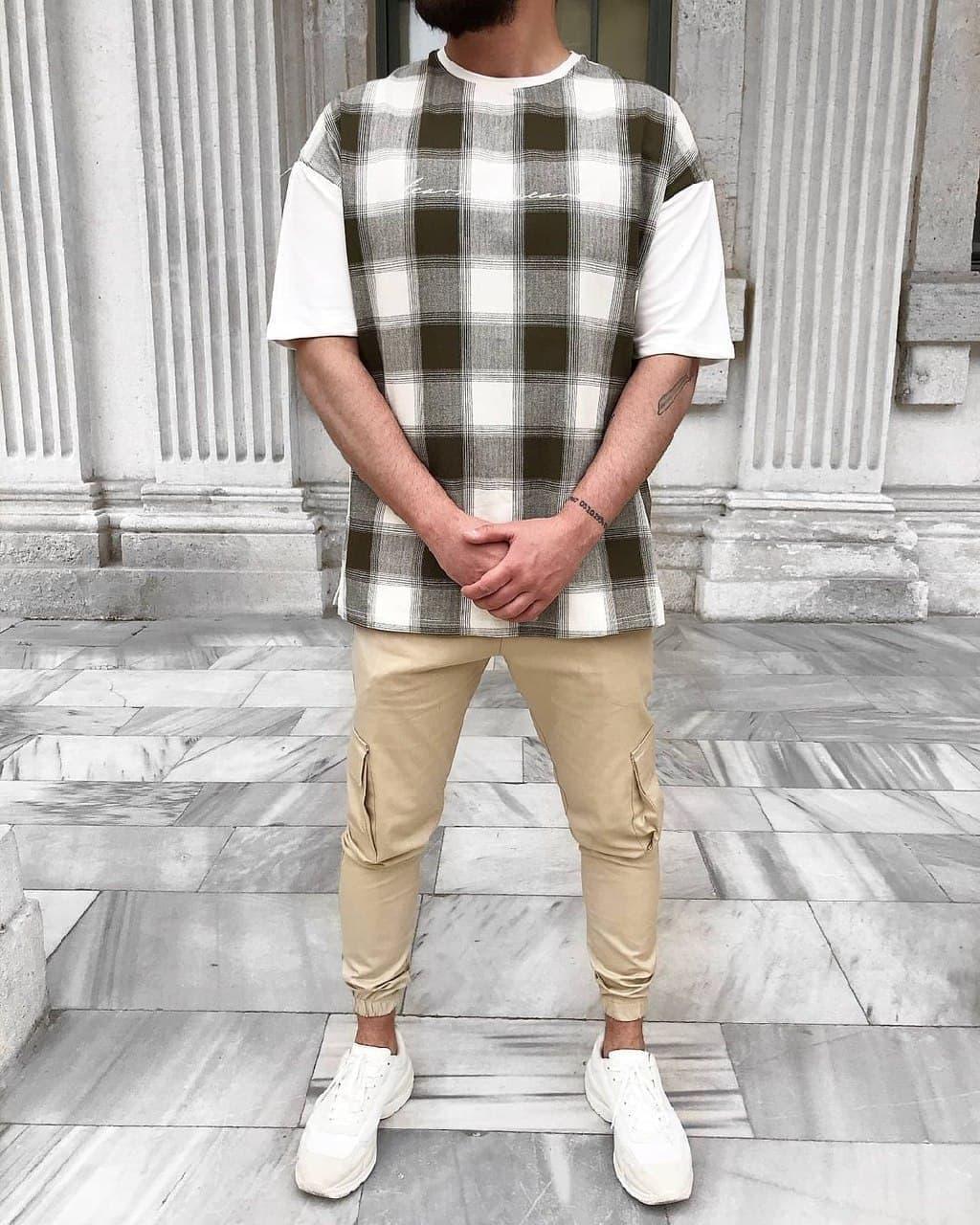Чоловіча оверсайз футболка в клітку
