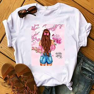 Белая женская футболка с подворотом и принтом девушек 42-58 р