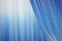 """Відріз (1,55х2,7м.) тканини, тюль розтяжка """"Омбре"""" на батисті (під льон). Колір синій с білим. Код 507ту"""