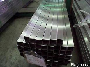 Труба нержавеющая профильная прямоугольная 40х10х1.5 мм AISI 201 полированная, шлифованная, матовая