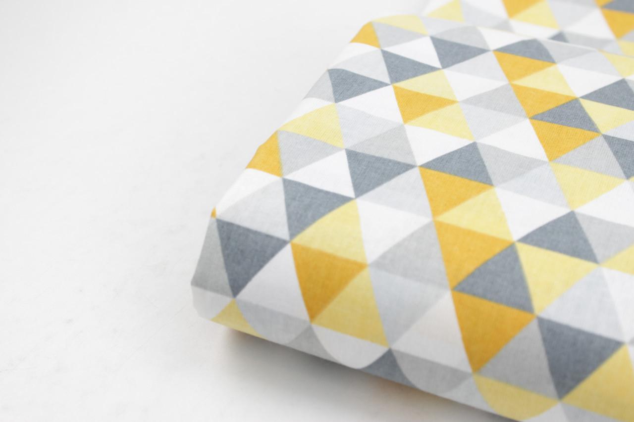 """Лоскуток. Бязь хлопковая  """"Треугольники-мозаика"""" серо-горчичные №1674, 36*160 см"""