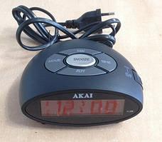 Часы электронные AKAI AR10W