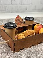 Деревянный поднос для завтрака в постель