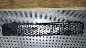 Решетка бампера переднего центральная нижняя 6400A827 999537 Lancer X Mitsubishi