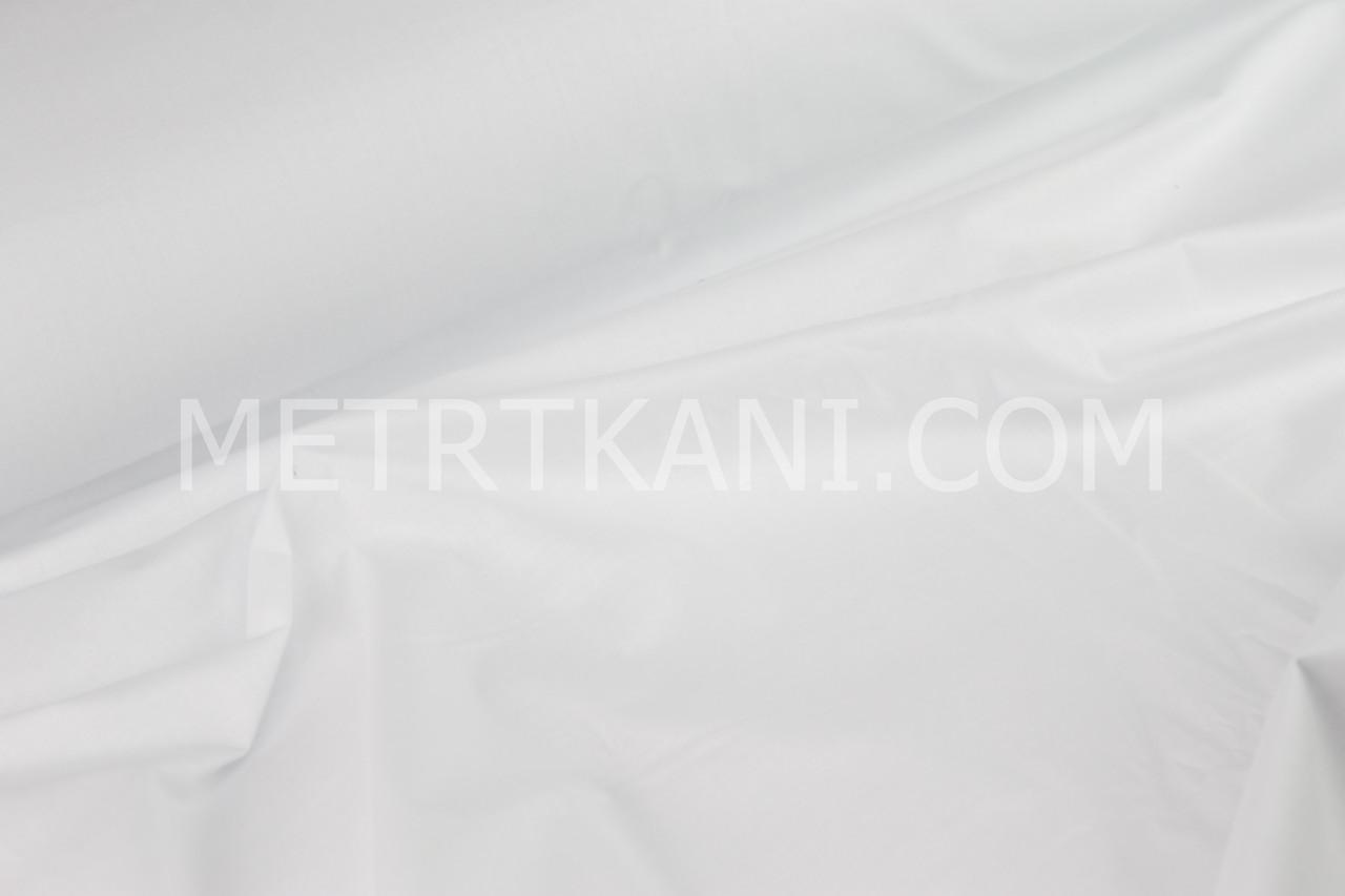 Лоскуток. Однотонная польская бязь белого цвета 125 г/м2 , 67*160 см