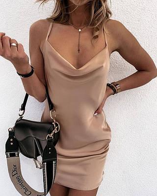 Летнее шелковое платье на тонких бретелях с открытой спиной