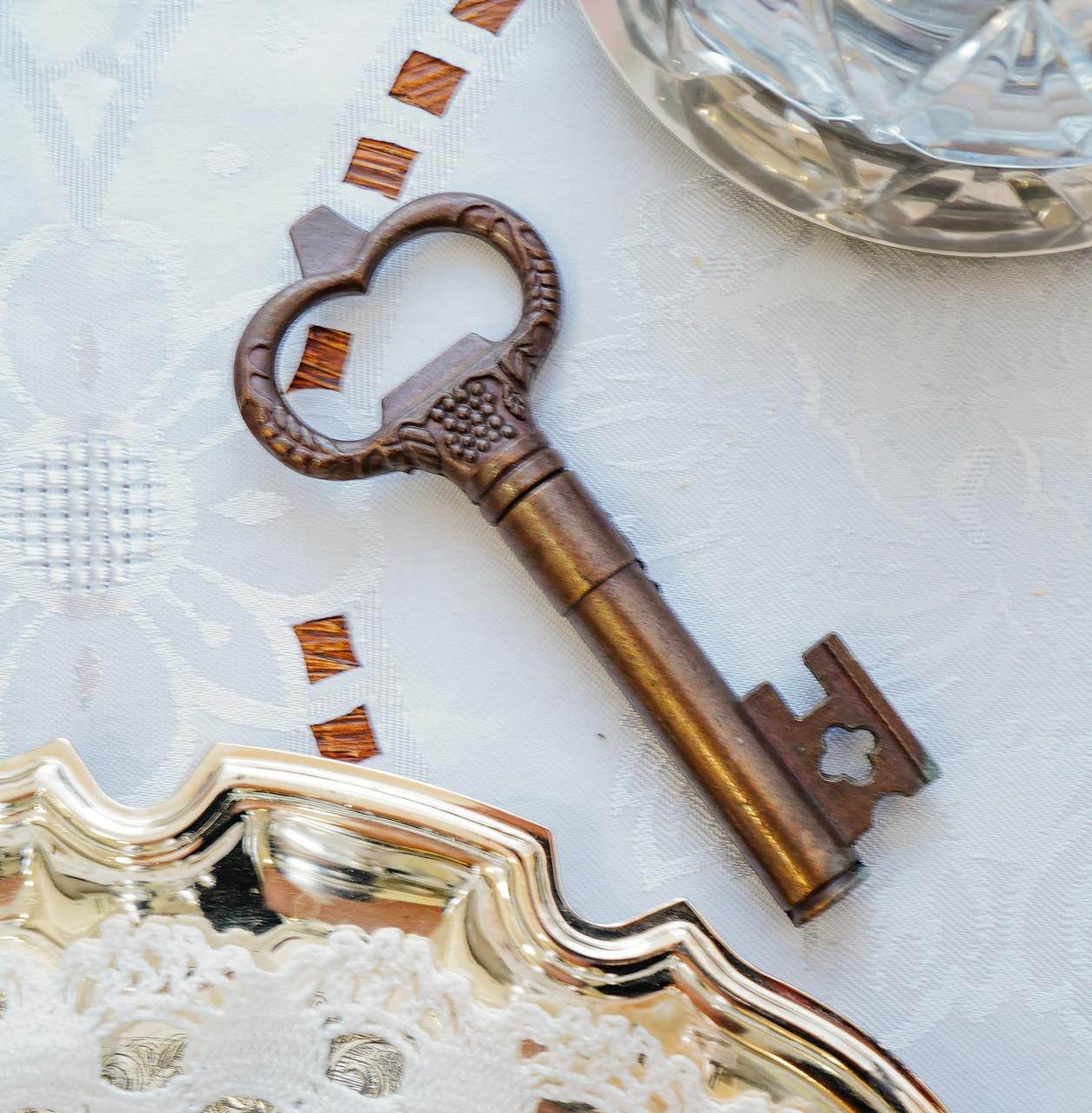 Старий колекційний штопор для пляшок у формі ключа, бронза, вінтаж, Німеччина