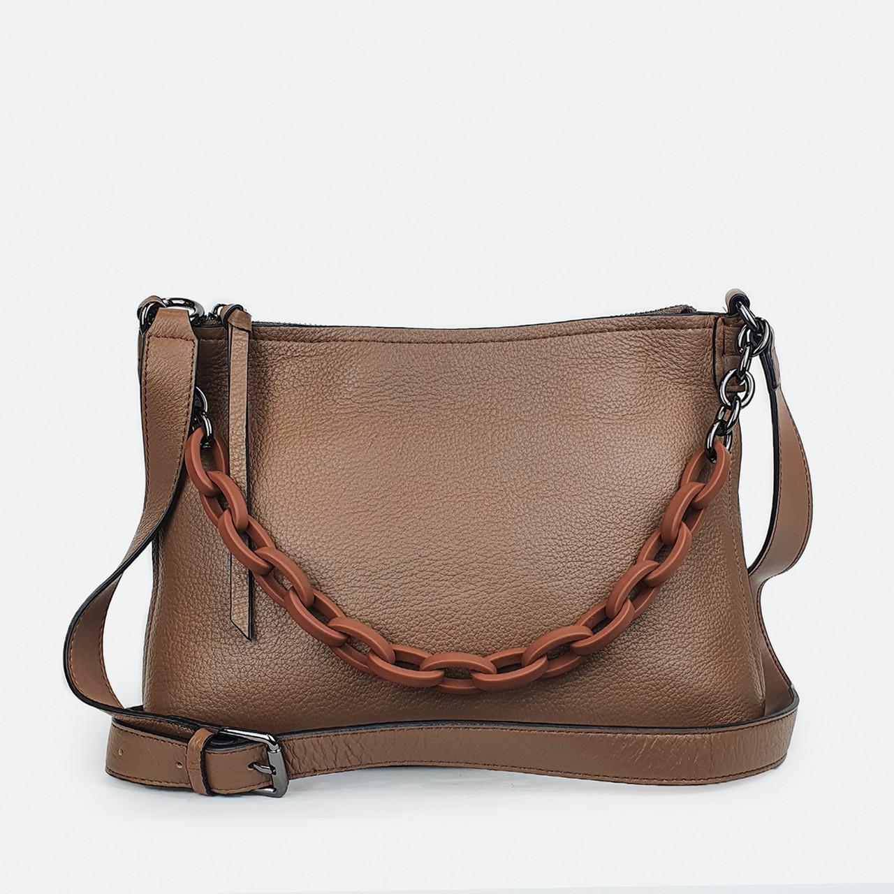 Жіноча сумка з ланцюгом світло-коричнева шкіряна 15160