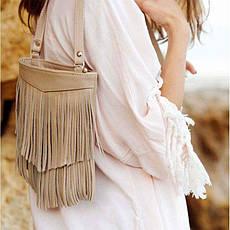 Шкіряна жіноча сумка з бахромою міні-кроссбоди Fleco світло-бежева, фото 3