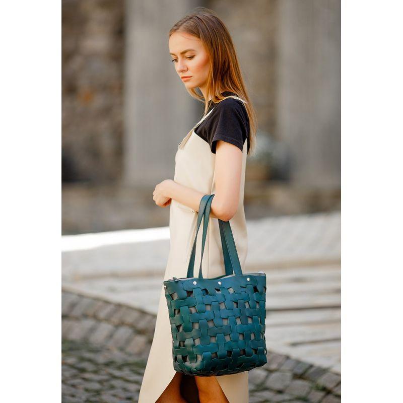Шкіряні плетені жіноча сумка Пазл L зелена Krast
